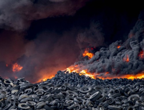 Incendio en el cementerio de neumáticos más grande de Europa situado en Seseña. Proyecto Virere contribuye al reciclaje de neumáticos