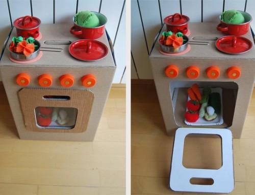Juguetes de cartón reciclado para niños